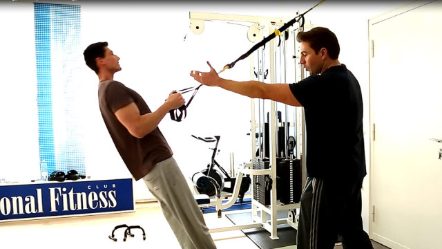 Rückentraining – TRX Suspension Training Workout Video Rudern